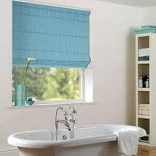 rollos f r badezimmer 80 designs rollos für badfenster archzine net