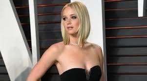 Jennifer Lawrence Vanity Oscars 2016 Jennifer Lawrence Rocked The Vanity Fair Red Carpet