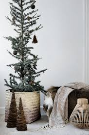 christmas livingroom 14 gorgeous scandinavian living rooms dressed for christmas