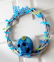 turquoise boo diy skull wreath mod podge rocks