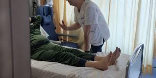 tarif chambre hopital la chambre simple à l hôpital est hors de prix la libre