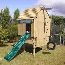 Backyard Swing Set Plans by Best 25 Play Fort Ideas On Pinterest Kids Tree Forts Diy Tree