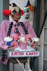 Scariest Halloween Decorations Uk by Creepy Carnival Decorations Creepy Clown Props Party City Easy To
