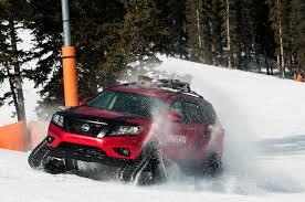 Nissan Rogue Warrior - pictures nissan 2016 rogue u0027winter warrior u0027 concept red snow