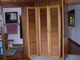 Vented Bifold Closet Doors Louvered Bifold Closet Doors Sizes Home Design Ideas