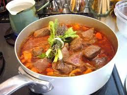 restaurant cuisine nicoise daube niçoise gastronomy holidays guide