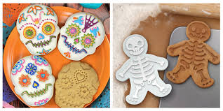 Bat Biscuits For Halloween by 13 Best Halloween Cookie Cutters In 2017 Cookie Cutter Sets In