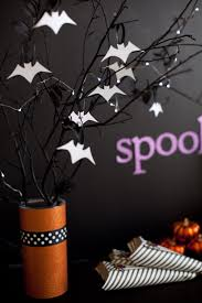 Halloween Decorations Tree Branches by Easy Halloween Ideas Diy Halloween Bats Halloween Table