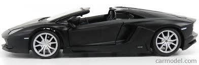 lamborghini aventador lp700 4 black maisto 31504bk scale 1 24 lamborghini aventador lp700 4 roadster