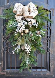 Front Door Decorations For Winter - 403 best wreath u0026 swag ideas images on pinterest christmas ideas