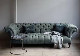 modern chesterfield sofa contemporary chesterfield sofa 1025theparty com