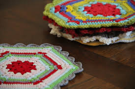 free vintage crochet climbing trellis hexagon pot holder pattern