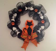 halloween wreath how to make a halloween wreath your cat will love