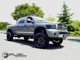 renegade jeep truck fuel 2 piece wheels renegade d265 wheels down south custom wheels