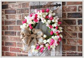tulip wreath from my front porch to yours easy diy tulip wreath