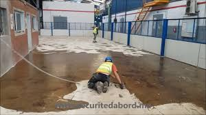 resine sol revêtement en résine pour sol industriel ateliers de maintenance