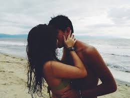 black hair for the beach image about girl in яєℓαтισηѕнιρ gσαℓ тιηgz by barça princesa