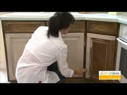 repeindre des meubles de cuisine rustique repeindre meuble rustique cgrio