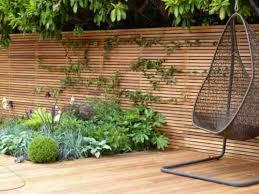 cloture jardin bois clôture de jardin en bois 75 idées pour faire un bon choix