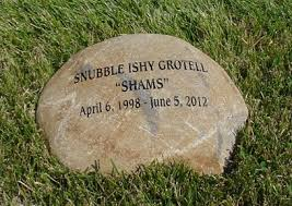Engraved Garden Rocks Engraved Garden Stones Personalized Garden Rocks And Memorial