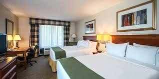 Ross Furniture Jackson Ms by Holiday Inn Express U0026 Suites Jackson Flowood Hotel By Ihg