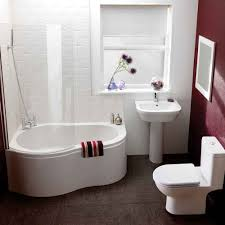 free standing bath and small baths for positions with limited