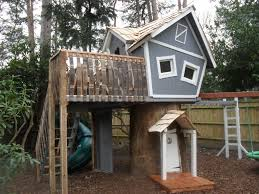 backyard cottage kits outdoor diy treehouse for creative and refreshing outdoor