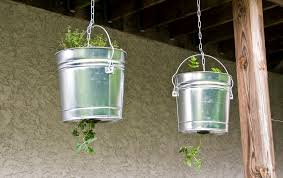 Upside Down Tomato Planter by Planting The Little Gsp