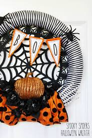 Make Halloween Wreath by Mine For The Making Saw It Wanted It Made It