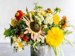 sunflower bouquets guide to growing your own bouquet sunset magazine sunset magazine