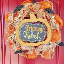 halloween deco mesh wreath kelly lynn u0027s sweets and treats