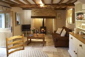 Cottage Interior Design Cotswold Cottage Interior I Like The Color Of The Door And The