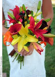 Fall Flowers For Wedding Wedding Bouquet Flowers By Season