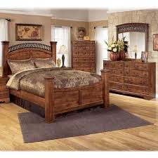 Piece Queen Bedroom Set In Brown Cherry Nebraska Furniture - Dark wood queen bedroom sets