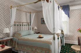 Victorian Canopy Bed The Queen Victoria In Cape May New Jersey B U0026b Rental