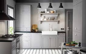landhausküche grau landhausküchen design fü sie wärme und charme zu ihrem haus