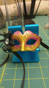 miniature mardi gras masks 17 best diy mardi gras centerpieces images on table