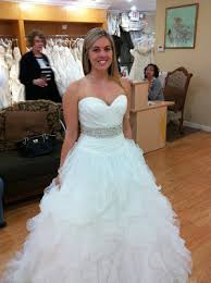 wedding dress necklace strapless gown brides with or without necklace weddingbee