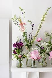 flower arrangement ideas everyday easy flower arrangement ideas cococozy