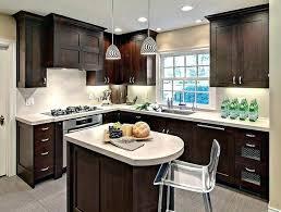 petit ilot central de cuisine petit ilot central cuisine cuisine avec petit ilot central