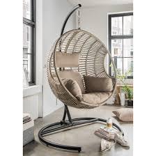 chaise suspendu chaise suspendue en forme d oeuf collection coco 2 maison de julie
