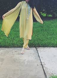 beautiful clothes the beautiful clothes of india
