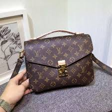 brand new popular pochette metis m40780 for sale it s purchased