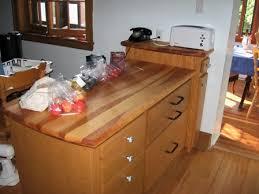 comptoir cuisine bois un comptoir de bois de pin d érable de merisier ou autres essences