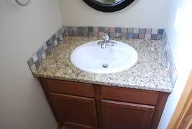 glass tile backsplash in bathroom 2596