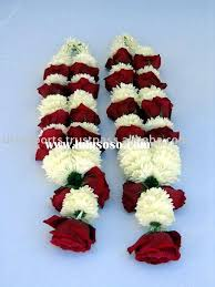 indian wedding flower garland traditional indian flower garland www sameepam wedding