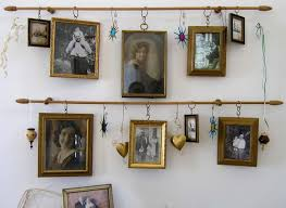 Picture Frame Hanging Ideas 218 Best Vintage Photo Displays Images On Pinterest Photo