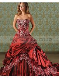 robe de mari e gothique robe de mariée luxe a ligne taffetas longue bustier