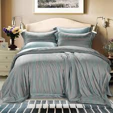 buying bed sheets seamless silk bed sheets buying guide panda silk