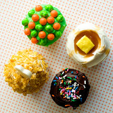 Thanksgiving Dinner Cupcakes Tv Dinner Cupcakes With Sprinkles On Top